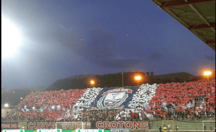 Ezio Scida, stadio Crotone