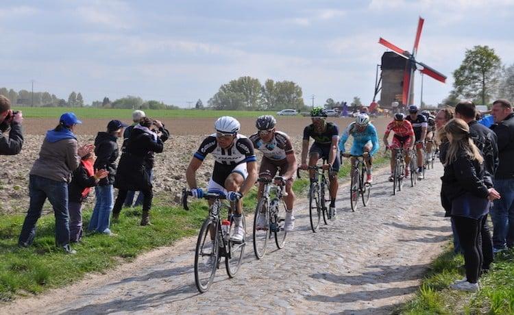 Chi è Michael Goolaerts, il ciclista belga colpito da infarto alla Roubaix