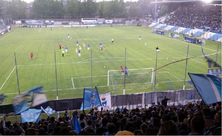 La Spal beffa il Cesena: nell'anticipo del venerdì è 1-1
