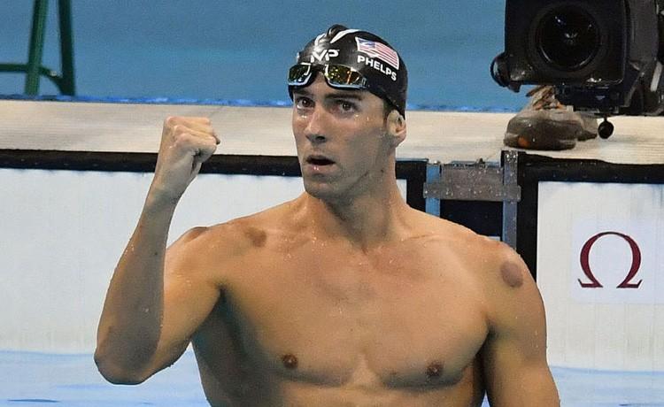 OLIMPIADI - Nuoto: Schooling beffa Phelps, Ledecky stratosferi