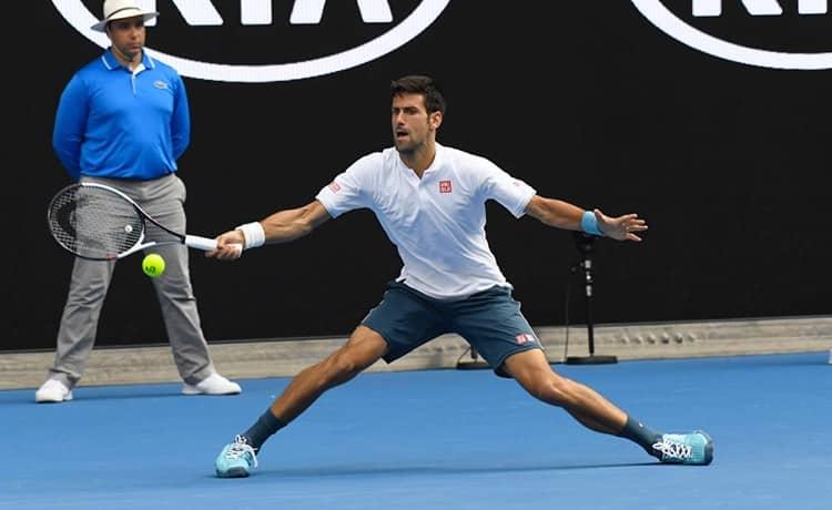 Tennis, Djokovic rinvia il rientro: allarme per gli Australian Open