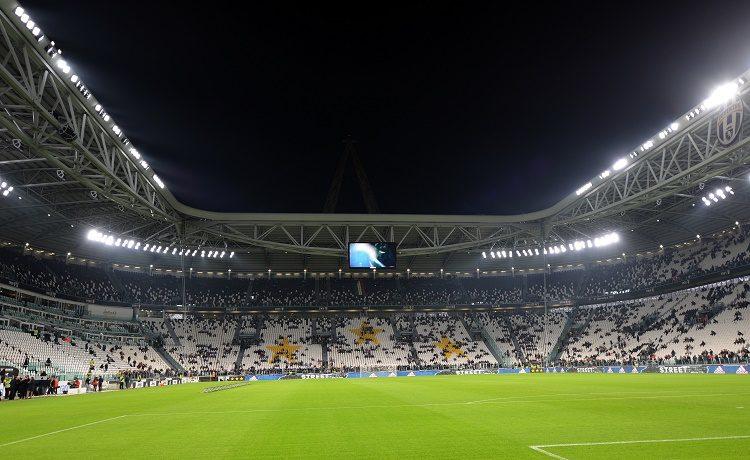 Juventus-Crotone, le formazioni ufficiali: esordio dal primo minuto per Howedes