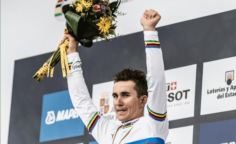 Tirreno-Adriatico 2018, Kittel vince a Fano. Kwiatkowski conserva la maglia di leader
