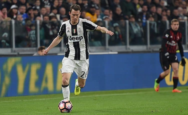 Juventus, presentata la lista Champions: fuori Lichtsteiner e Pjaca