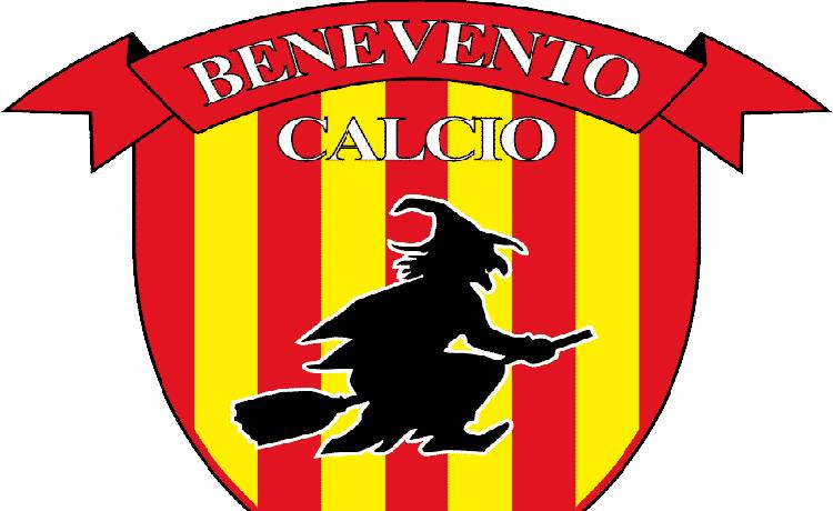 Benevento, storica promozione in Serie A: contro il Carpi decide Puscas