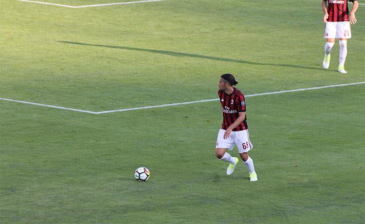 Calciomercato Milan, il Borussia Dortmund frena: