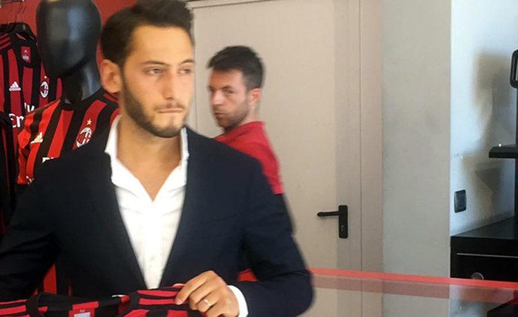 Calciomercato Milan: tutto fatto per Hakan Calhanoglu