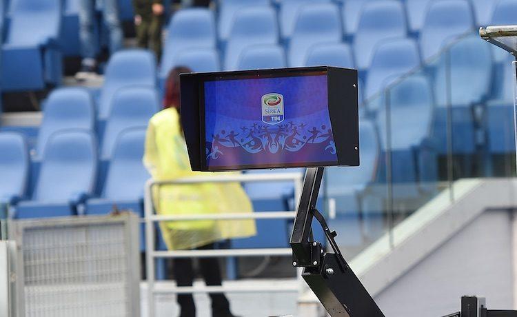 Colpo Lazio, Juve e Napoli agganciano l'Inter in vetta