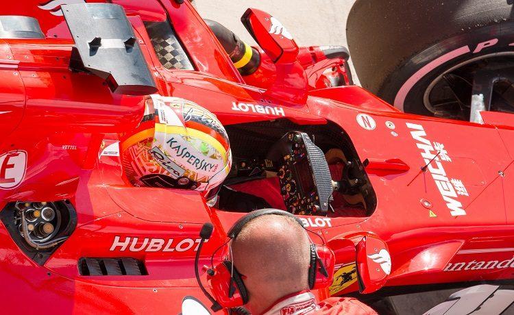 Successo di Vettel e rimontona di Hamilton