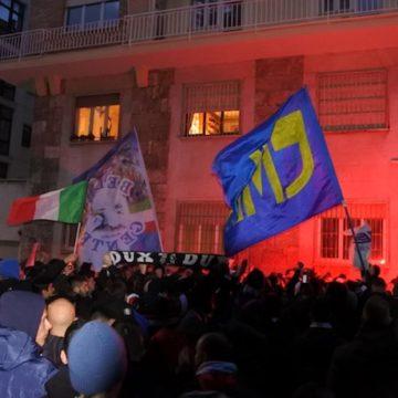 La protesta dei tifosi della Lazio in Figc