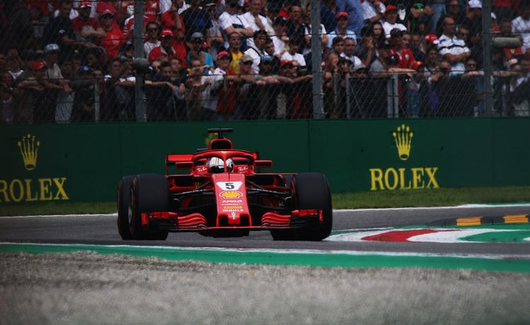 Sebastian Vettel - Foto taka_suzuki - CC-BY-SA-2.0