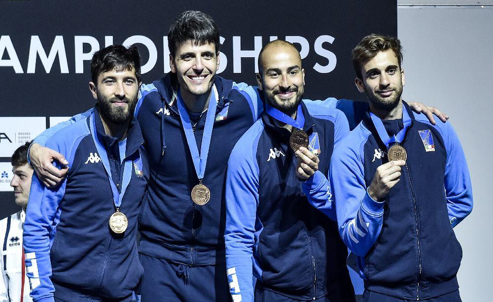 Scherma, fioretto a squadre maschile - Foto Bizzi