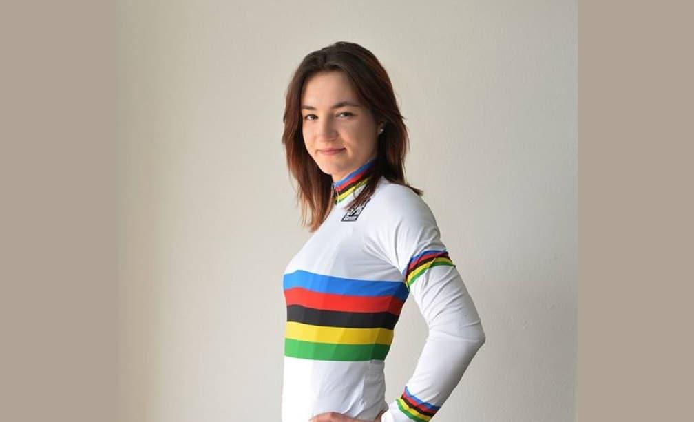 Elena Pirrone - Foto profilo Facebook