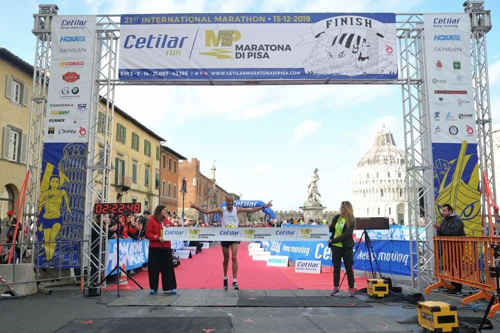 Podista muore dopo aver corso la mezza maratona di Pisa