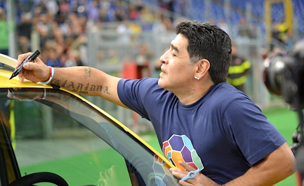 Morte Maradona, minuto di silenzio in Serie A nel prossimo turno
