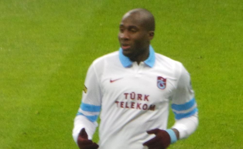 Sol Bamba, ha un cancro: il dramma del difensore del Cardiff